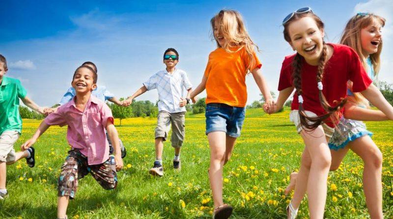 Giochi all'aperto: 10 idee per il divertimento dei bambini