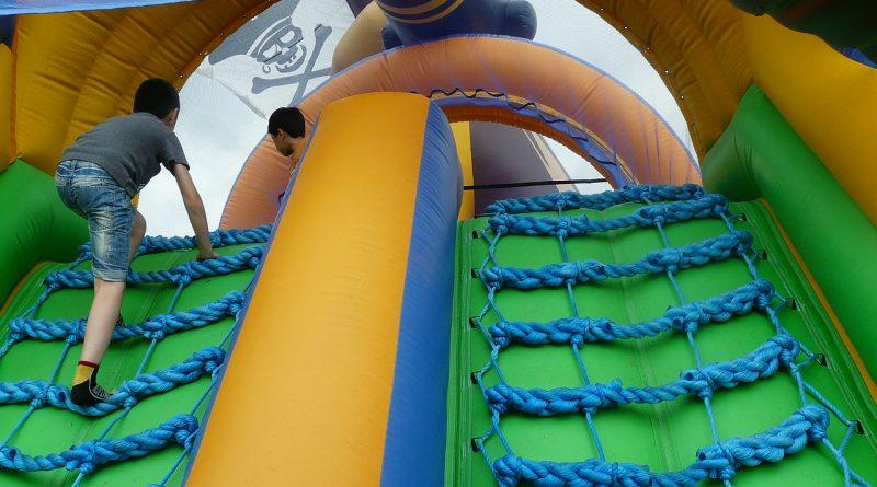 Giochi gonfiabili per bambini | Quali sono quelli sicuri?